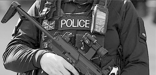Armed UK police officer - ALLOW IMAGES